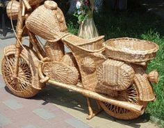 Motorkerékpár a szőlő