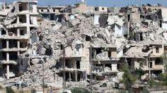 Image copyright                  AFP Image caption                                      Más de 250.000 personas están atrapadas en la sitiada parte oriental de Alepo, donde corren el riesgo de morir de hambre.                                No han sido centenares de miles. Ni siquiera miles. Apenas unas pocas decenas de personas han abandonado este fin de semana la sitiada ciudad de Alepo a través del polémico corredor humanitario abierto