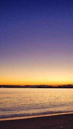 14 Sept. 5:42 薄明(dawn)の博多湾です。 ( Morning Now at Hakata bay in Japan )