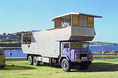 The Rooftop Camper Rv Trailers, Vintage Trailers, Vintage Trucks, Travel Trailers, Cool Campers, Rv Campers, Cool Rvs, Motorhome Travels, Slide In Camper