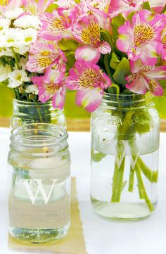 Mason jars are perfect for a bbq or garden party. Use them as cups or vases.