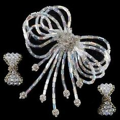 1960s-signed-Vendome-ab-crystal-beaded-bow-brooch-with-diamante-and-pa-Lot-52
