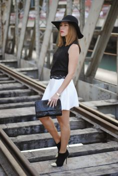 BRIDGE 7-4-2014  El Corte Ingles Hat / Zara top / Easy wear skirt / Primark boots / Sfera bag