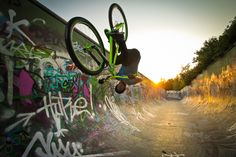 Dirt/Street-Tour 2012: Das Video! Teil #3 - MTB-News.de   IBC Mountainbike Forum