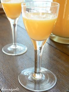 kamrapolc: Tojáslikőr házilag Margarita, Martini, Rum, Champagne, Tableware, Smoothie, Dinnerware, Tablewares, Margaritas