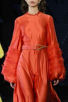 Roksanda at London Fashion Week Spring 2018 - Details Runway Photos