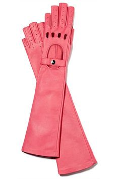 Frivolous Fabulous - Chanel Pink Gloves for Miss Frivolous Fabulous Pink Love, Pretty In Pink, Pink And Green, Coco Chanel, Chanel Pink, Fall Accessories, Fashion Accessories, Gloves Fashion, Wedding Accessories