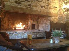 Snowshill (part of Bridget Jones Diary filmed here) her parents house - Picture of Bluewood Lodges, Kingham - TripAdvisor Inglenook Fireplace, Fireplace Hearth, Fireplace Design, Fireplaces, Wooden Cooler, Wild Rabbit, White Barn, House Inside, Summer Kitchen