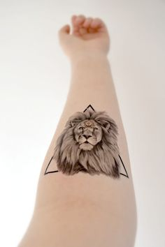 Geometric Lion temporary tattoo King Strong Triangle by Siideways