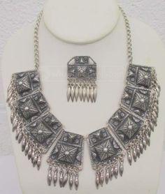 shopgoodwill.com: 029 Vintage 900 Silver Estate Necklace
