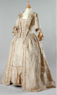 Vestido séc XVIII