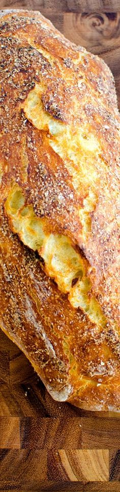 No-Knead Homemade Ciabatta Bread Recipe ~ crunchy, crackling crust on the outside and the soft, fluffy crumb on the inside.