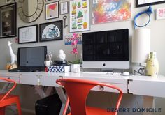 Styled DIY Campaign Desks #diy #doityourself #tutorial #desk #campaigndesk #office #gallerywall #art #artwork #tabouret #benjaminmoore #reverepewter