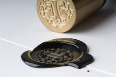 I want my own wax and seal. . . so when I reply to my acceptance letter from Hogwart's, it looks legit.