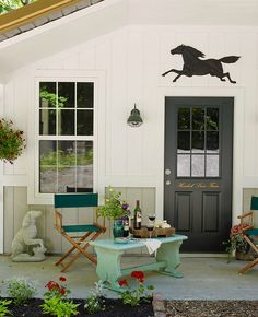 Inside the Brick House: Perfect DIY backyard, patio and porch ideas that just about anyone can do
