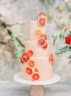 Wedding Cake Centerpieces, Wedding Cakes, Naked Cakes, Bolo Cake, Plus Populaire, Cake Trends, Cake Tasting, Colorful Cakes, Wedding Cake Inspiration