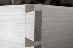Planing a Dovetailed Box - Popular Woodworking Magazine