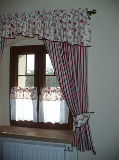 Home Curtains, Window Curtains, Country Kitchen Curtains, Window Shutters Exterior, Diy Home Decor, Room Decor, Interior Decorating, Interior Design, Stores