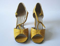 Vintage British RAYNE Shoes 1960's  High by FrontierMercantile