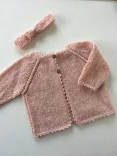 Children and Young Knitted Baby Cardigan, Knit Baby Sweaters, Baby Hats Knitting, Knitting For Kids, Knitting For Beginners, Baby Knitting Patterns, Baby Patterns, Knitted Hats, Baby Outfits