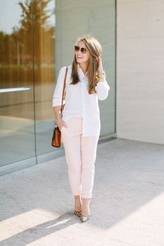 Pink Pants + Leopard Pumps   how to style leopard heels   how to wear leopard heels   summer fashion   summer style   fashion for summer   style ideas for summer   warm weather fashion   fashion tips for summer    a lonestar state of southern