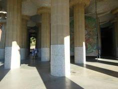Sala Hipóstila en el Parque Guell en #Barcelona (#Cataluña - #España).