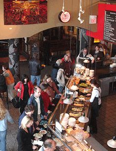 Cafe Latté, Grand Avenue, St Paul, MN.  Gourmet cafeteria / bakery / pizza / wine bar.  Something for everyone.