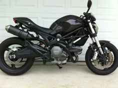 Black carboned/blacked out Monster 696.