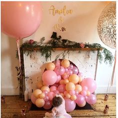 GOLD MIRROR  Miss Amelia turned one over the weekend and we were lucky enough to create her birthday signage using our gold acrylic mirror... . Tap for credits . . #goldmirror #firstbirthday #birthdayparty #balloons #luckygirl #personalised #personalisedgifts #girlsdecor #namecutouts