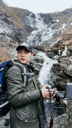 waterfalls with yoongi