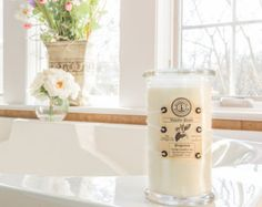 100% Soy Scented Candles with Organic Wood Wicks by Elluminations
