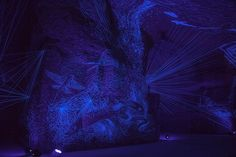 Julien Salaud transforme les caves en constellations de ficelle | The Creators Project