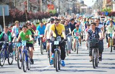 Pentru prima dată în oraşul bicicletelor există o campanie oficială care încurajeză lugojenii să circule pe două roţi - titra ziarul Redeştept