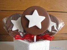 Aprenda a preparar pirulito de chocolate com esta excelente e fácil receita. Você está querendo fazer pirulito de chocolate para festa de criança ou simplesmente...