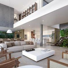 Casa C - Cena 04: Salas de estar minimalistas por Martins Lucena Arquitetura #casasmodernasminimalistas