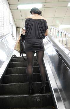 지하철에서 만난 섹시 펄스타킹녀