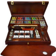 Royal Talens - Rembrandt Oil Colour Box - 'Excellent' Edition in Wooden Chest - With Paints, Palette, and Brushes Rembrandt, Oil Paint Set, White Spirit, Sisters Art, Wooden Chest, Painted Boxes, Color Box, Living Room Art, Vinyl Art