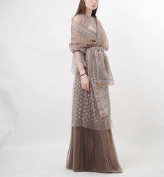 Gaun Dress, Kebaya Dress, Kebaya Modern Dress, Elegant Maxi Dress, Modest Fashion, Hijab Fashion, Fashion Dresses, Batik Fashion, Fantasy Gowns