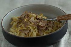 cool Tajarin al tartufo (Tagliolini with white truffle) - Piemonte