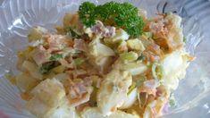 Delicious potato salad made with creamy Caesar salad dressing. Easy Chicken Pasta Bake, Easy Pasta Dishes, Baked Chicken, Best Potato Salad Recipe, Southern Style Potato Salad, Cooking Recipes, Healthy Recipes, Healthy Food, Chef Recipes