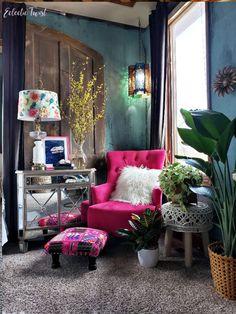 Bobs Furniture Living Room, Living Room Bench, Living Room Sets, Rugs In Living Room, Room Rugs, Bedroom Tv Wall, Bedroom Decor, Master Bedroom, Mirror Room