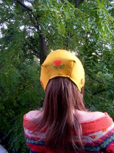 How to Make a Reversible Folkloric Felt Bonnet : A Sewing Tutorial