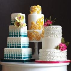 Lovely cakes! I love the blue gradient! by gladys