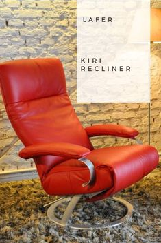You can't go wrong with the Lafer Kiri when trying to achieve a contemporary-modern living area. Luxury Home Furniture, Furniture For You, Modern Recliner, Modern Contemporary Living Room, Unique Centerpieces, Recliners, Sit Back And Relax, Leather Recliner, Leather Cover
