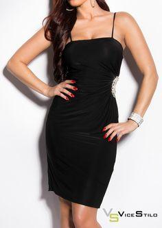 Comenzamos la semana con un vestido para sorprender!! Por sólo 25,90€!!  www.vicestilo.com