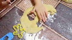 Стряпаем песочное печенье из формочек