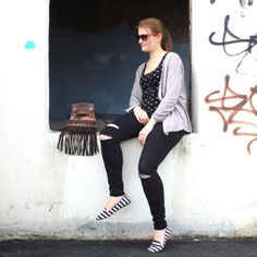 #Venetian_Black_Stripy #Fringe_Bags #Woman_Fashion_Bags #Quality_hand_bags #Italian_Bags_Style #Bags_Wholesale #Italian_Style_Bags