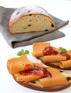 Sukkerfritt julebrød me spelt Sweet Bread, Bread Recipes, Sugar, Baking, Ethnic Recipes, Christmas, Food, Xmas, Weihnachten