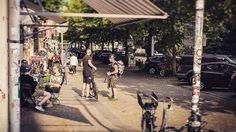 Abendstimmung an der Batzener Straße.  #people #instagood #instaphoto #instapic #instagram #500px #dresden #dresdengermany #dresdenneustadt #visitdresden #heydresden #sogehtsaechsisch #sachsen  #saxony #ig_deutschland  #ig_europe  #ig_great_pics #streetphoto #abend #strasse #sommer