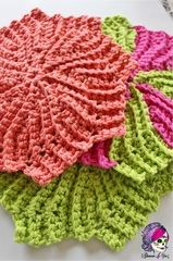 FREE - Circle Point Washcloth (Crochet version of The Almost Lost Washcloth)